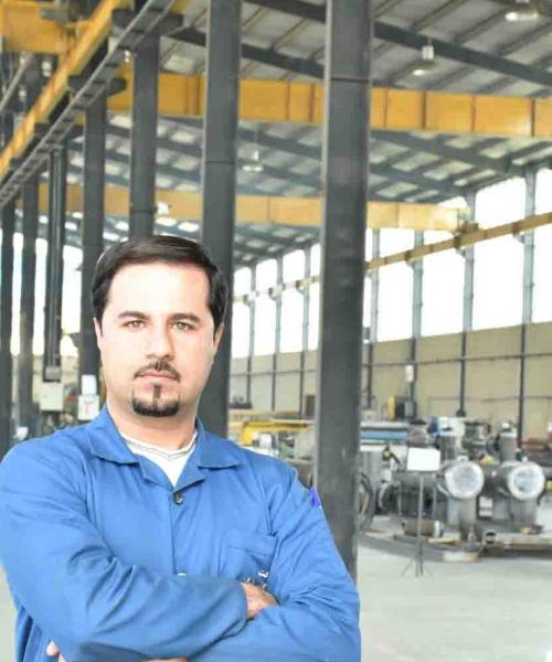 حسام نزهتی
